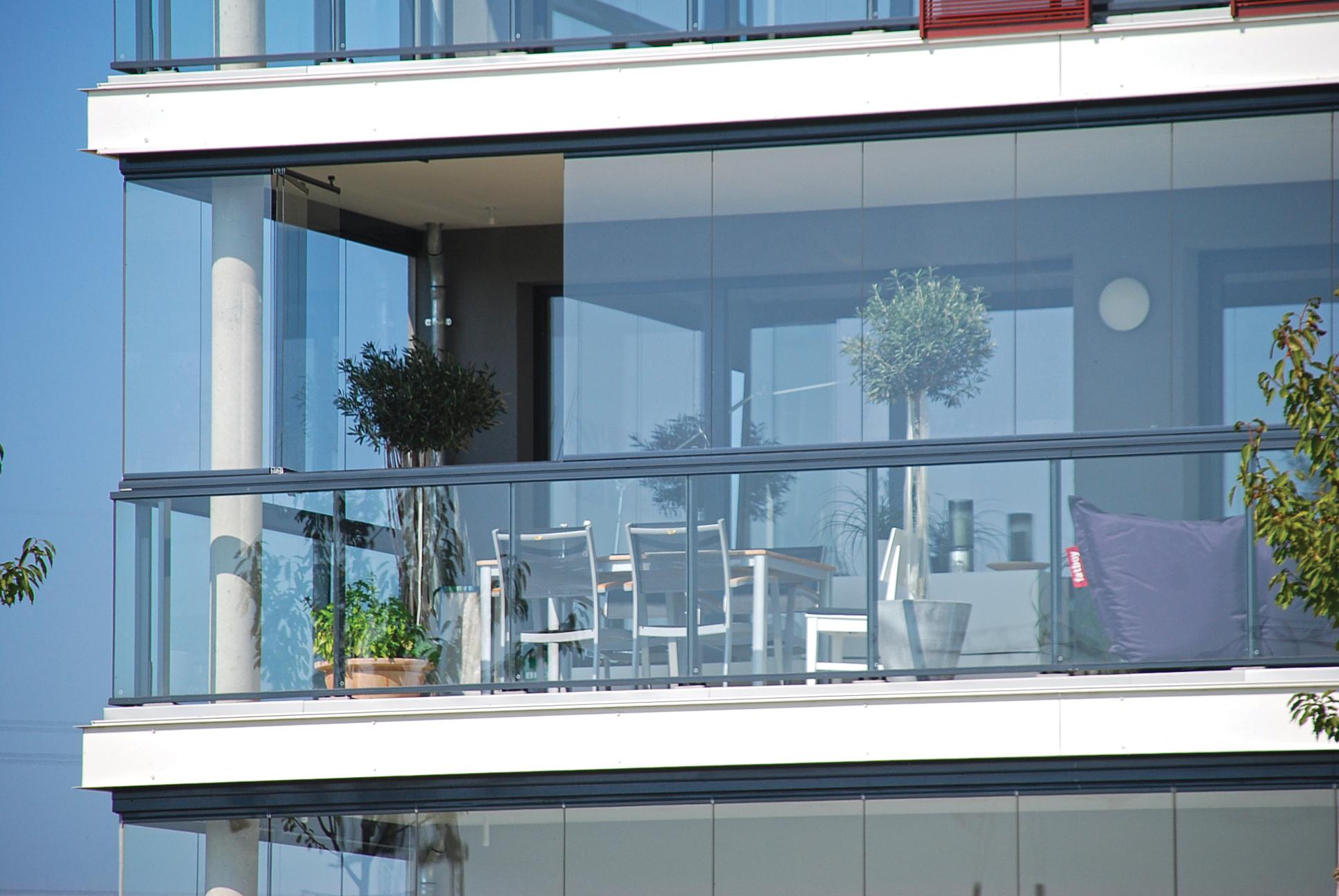 Cam Balkonlar Neden Popüler Oldu?